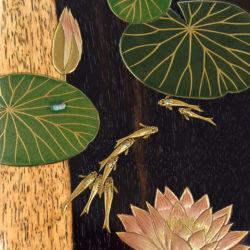 メダカと睡蓮の蒔絵